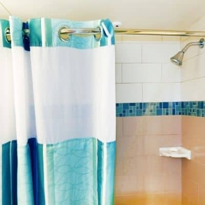 Here's every little detail on how to deep clean the bathtub and shower. Learn the techniques on how to deep clean the bathtub and shower in the fastest and efficient way. A few simple steps needed to clean the bathtub and shower.